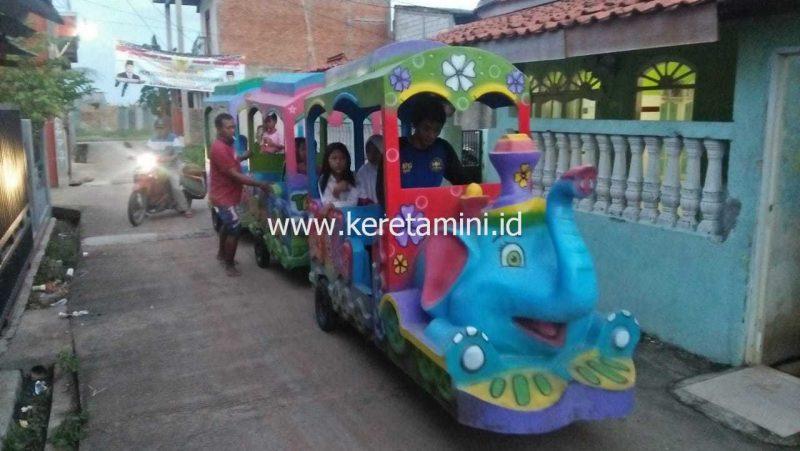 kereta motor gajah singkawang(1)