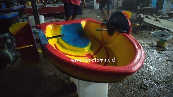 Perahu handboat fiberglass 1